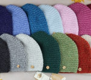 klasyczne czapki damskie z alpaki