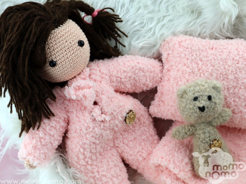 czas na sen lalka momonomo z misiem