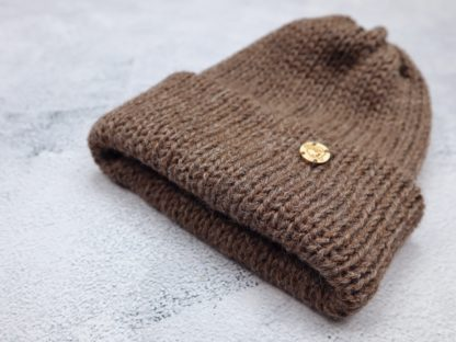 brązowa czapka z alpaki