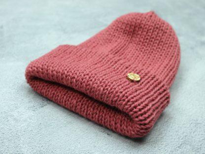 malinowa czapka z alpaki